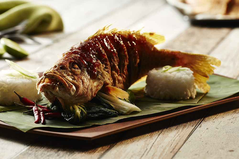 Deep fried fish and chilli sauce