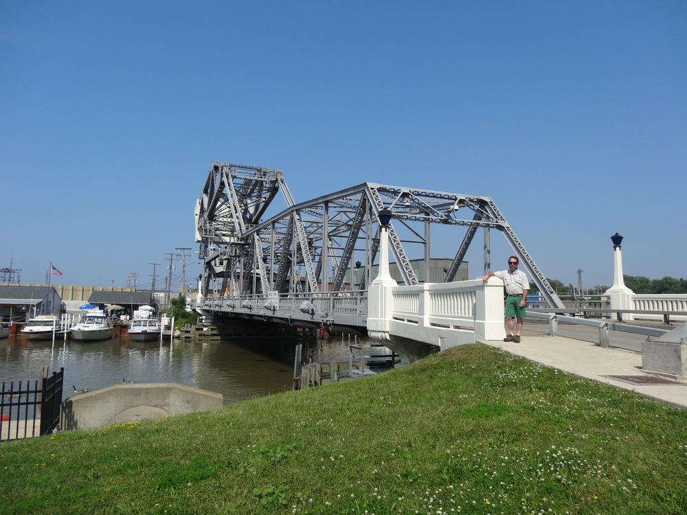 lift bridge down.jpg