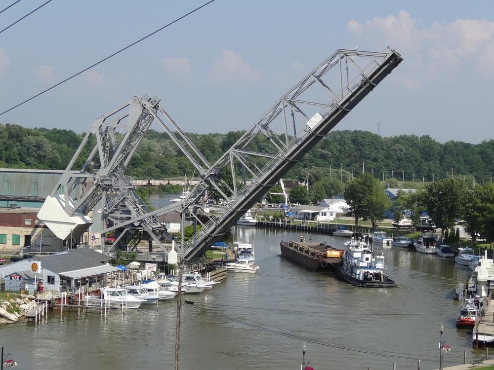 lift bridge up.jpg
