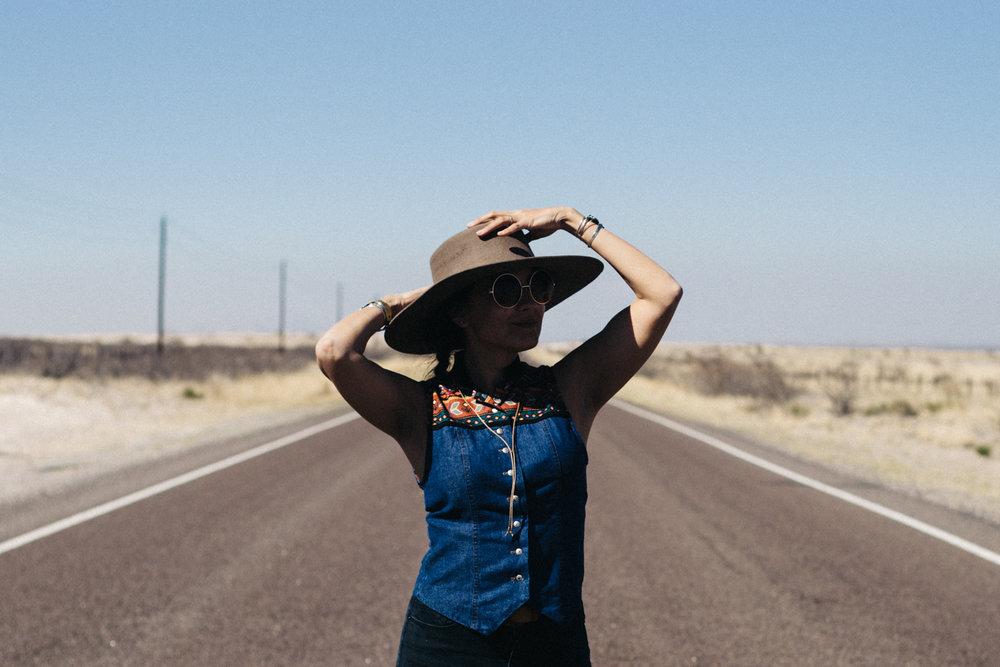 Iheartbueno_RoadsideWestTexas-12