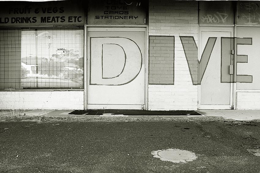 Dive Shop.jpg
