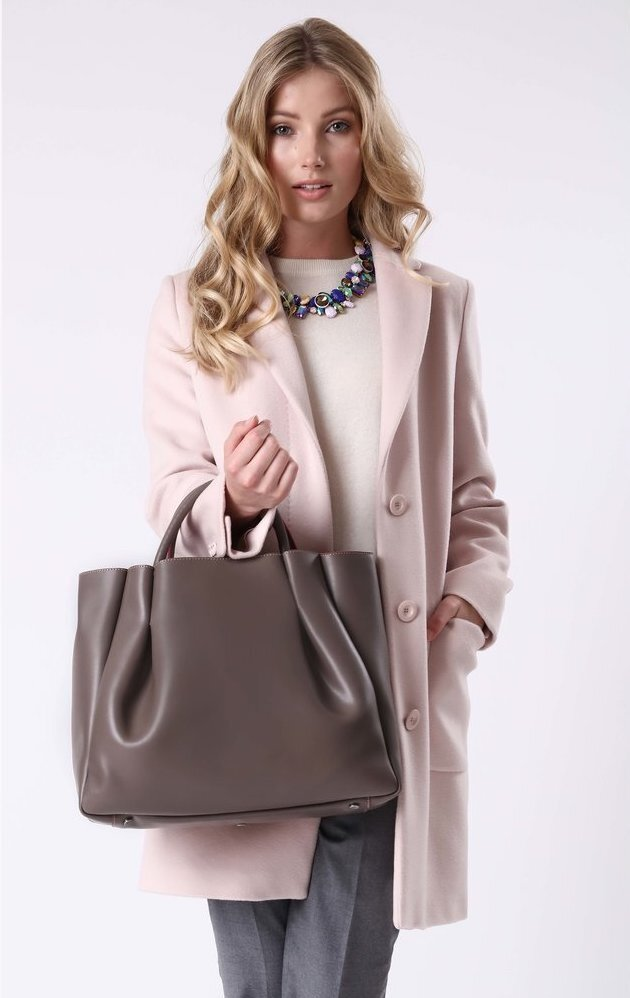 Alexandra+de+Curtis_Maxi+Ruched+Tote+Taupe+square.jpg