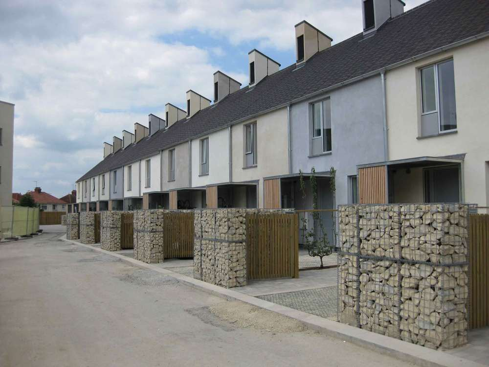 triangle in swindon by kevin mccloud and HAD housing. hemp hemcrete hemp-lime hempcrete