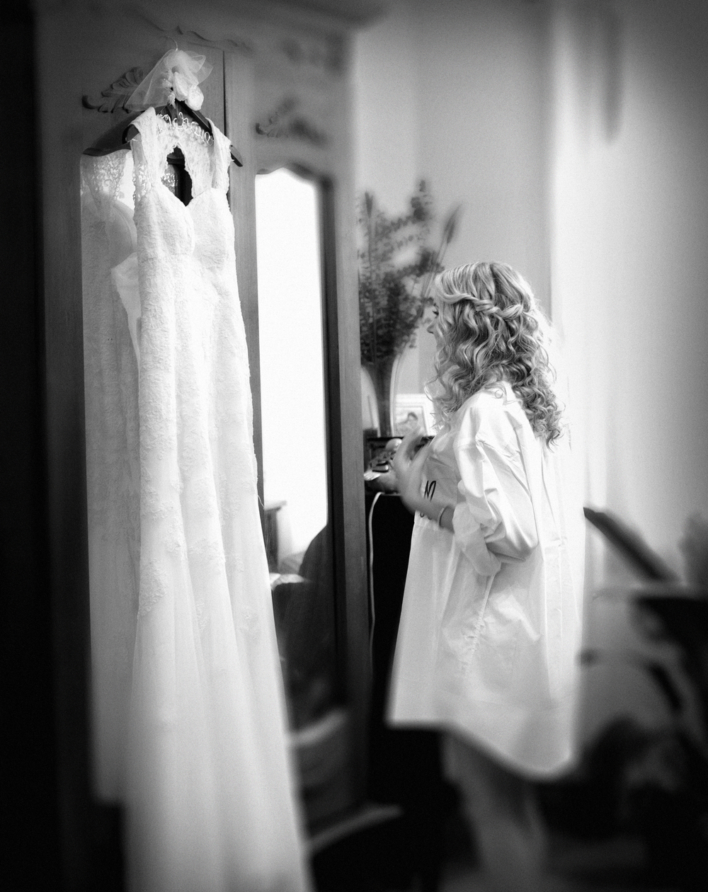 Bridal Dress - Getting Ready