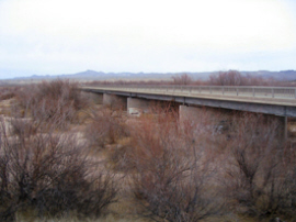 gila river bridge2.jpg