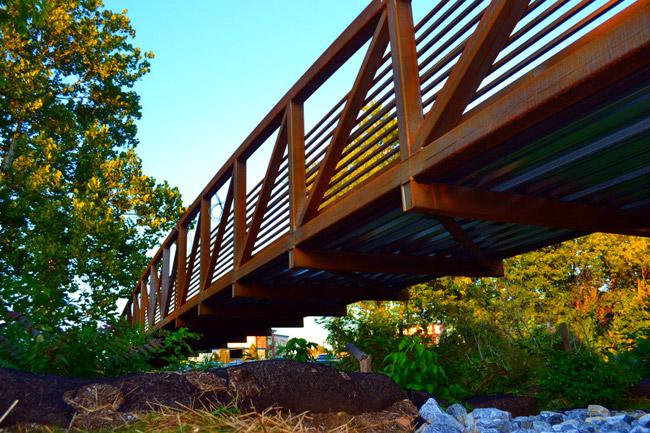 ped-bridge1.jpg