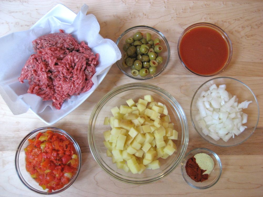 Simple-Spanish-Beef-and-Potato-Wraps-ingredients