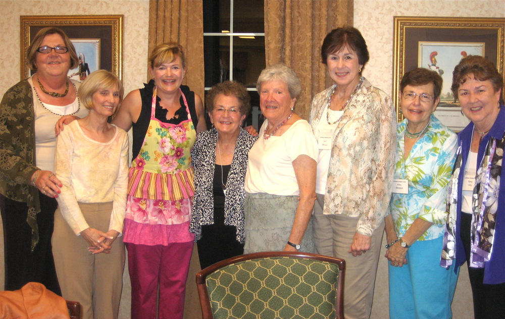The lovely ladies of The Audubon Women's Club.  Mrs. Bosnian on my left made my apron.  That apron has proven lucky for me at more than one cook-off!