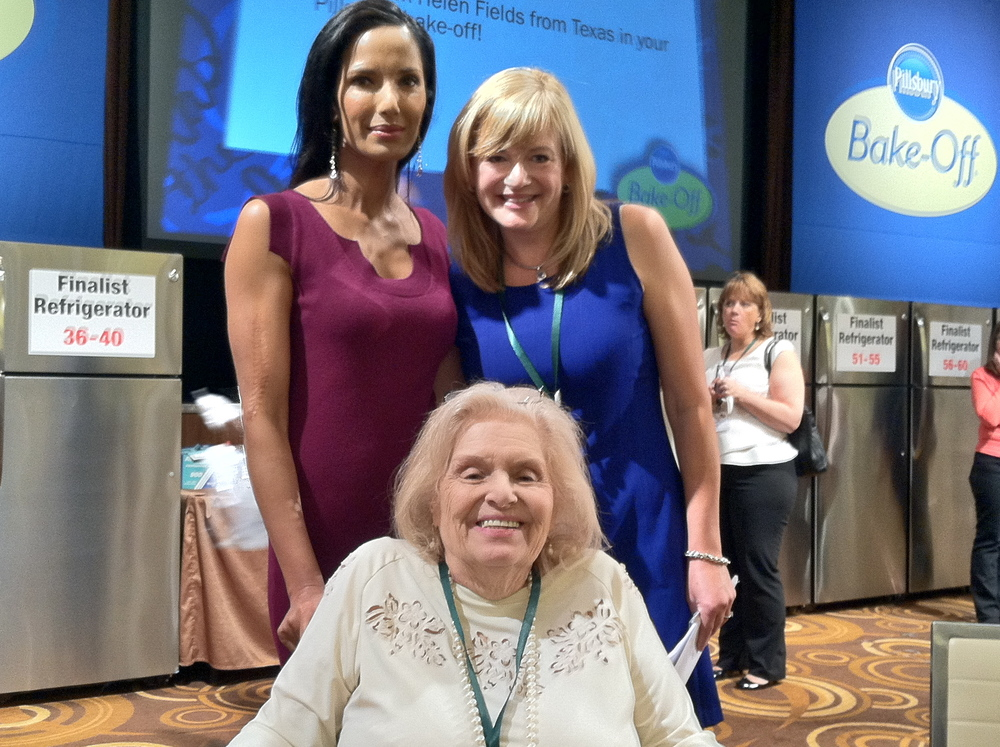 One of my favorite moments was getting to meet these two great ladies.  Mari Petrelli who won the Bake-Off in 1966 and Padma Lakshmi!