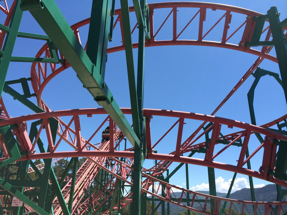 Cliffhanger Roller Coaster