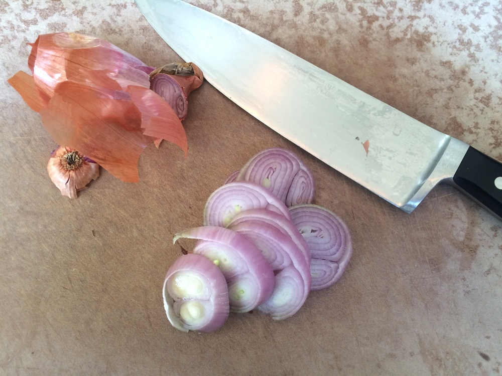 "Slice 1 large shallot into 1/4"" slices"