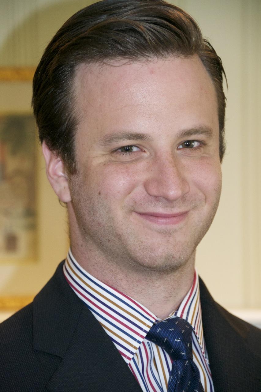Douglas Weinrib Associate email|vCard