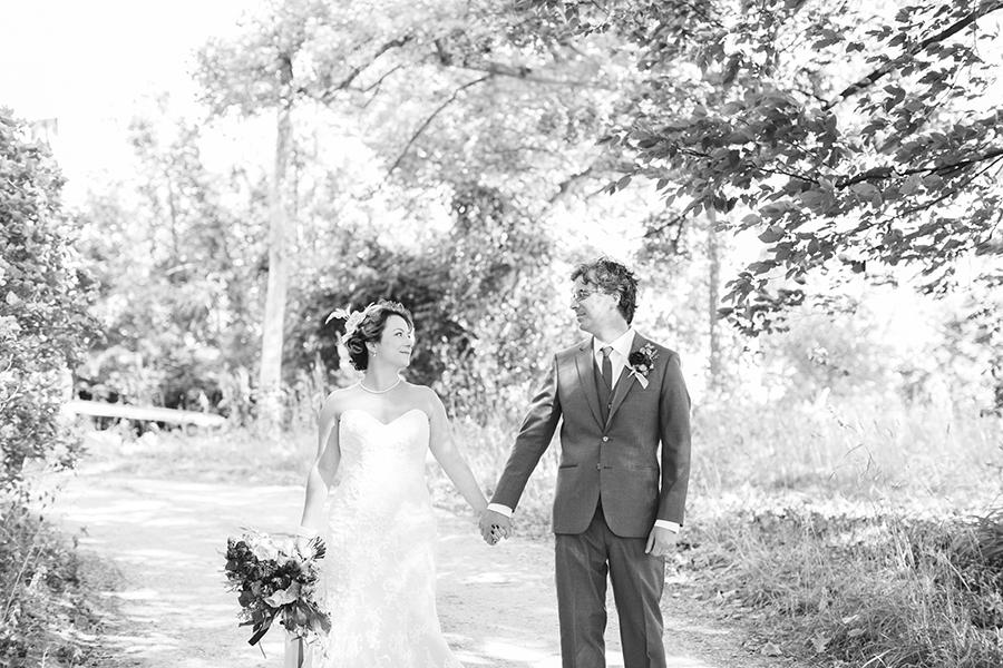 claire&garrettwedding_11.jpg