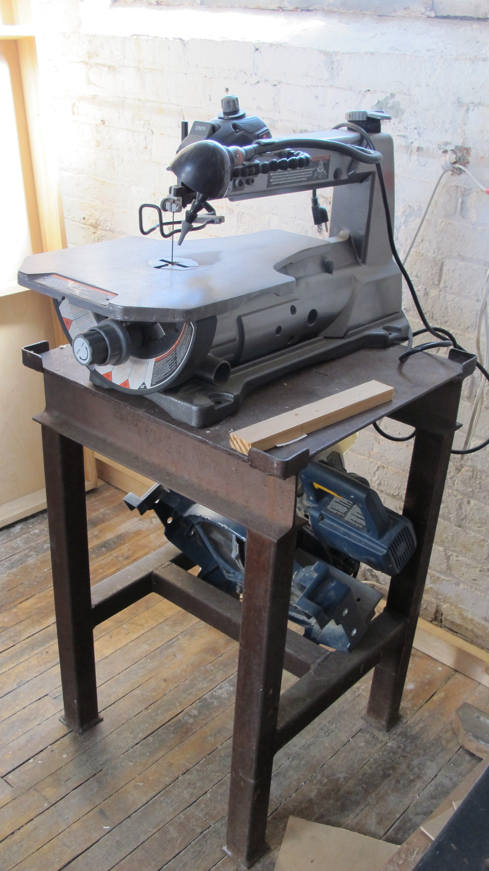 Craftsman Band Saw $200