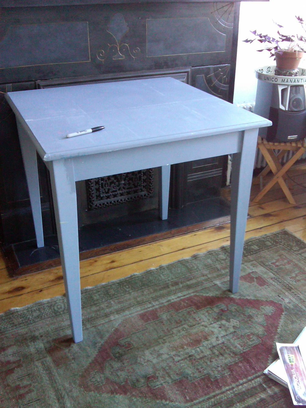 "32"" Square Table (Can be painted) $130"