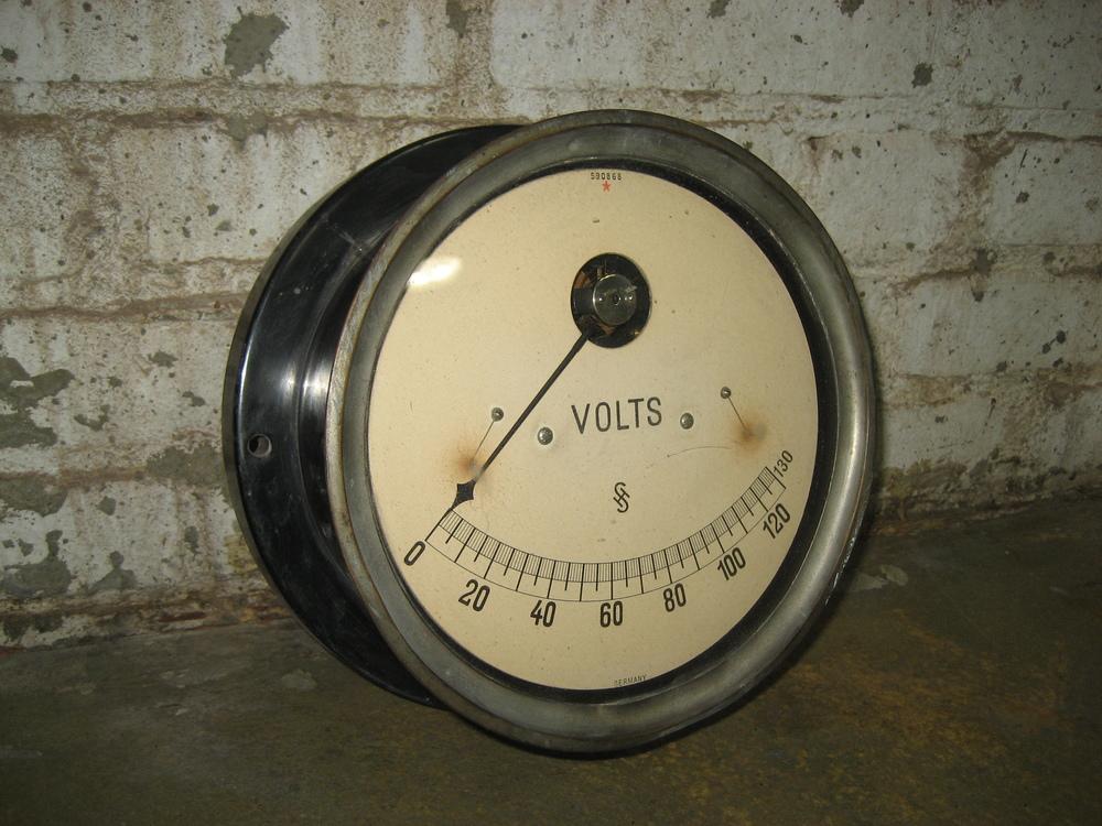 SH Volt Meter $30
