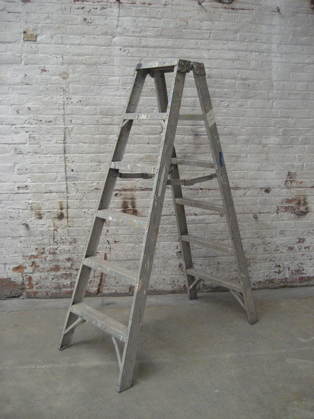 metal 5-step ladder