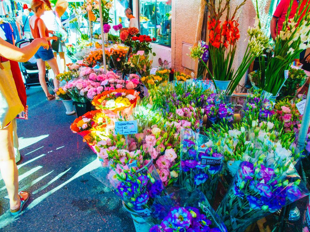 Guide to L'Isle-sur-la-Sorgue Market