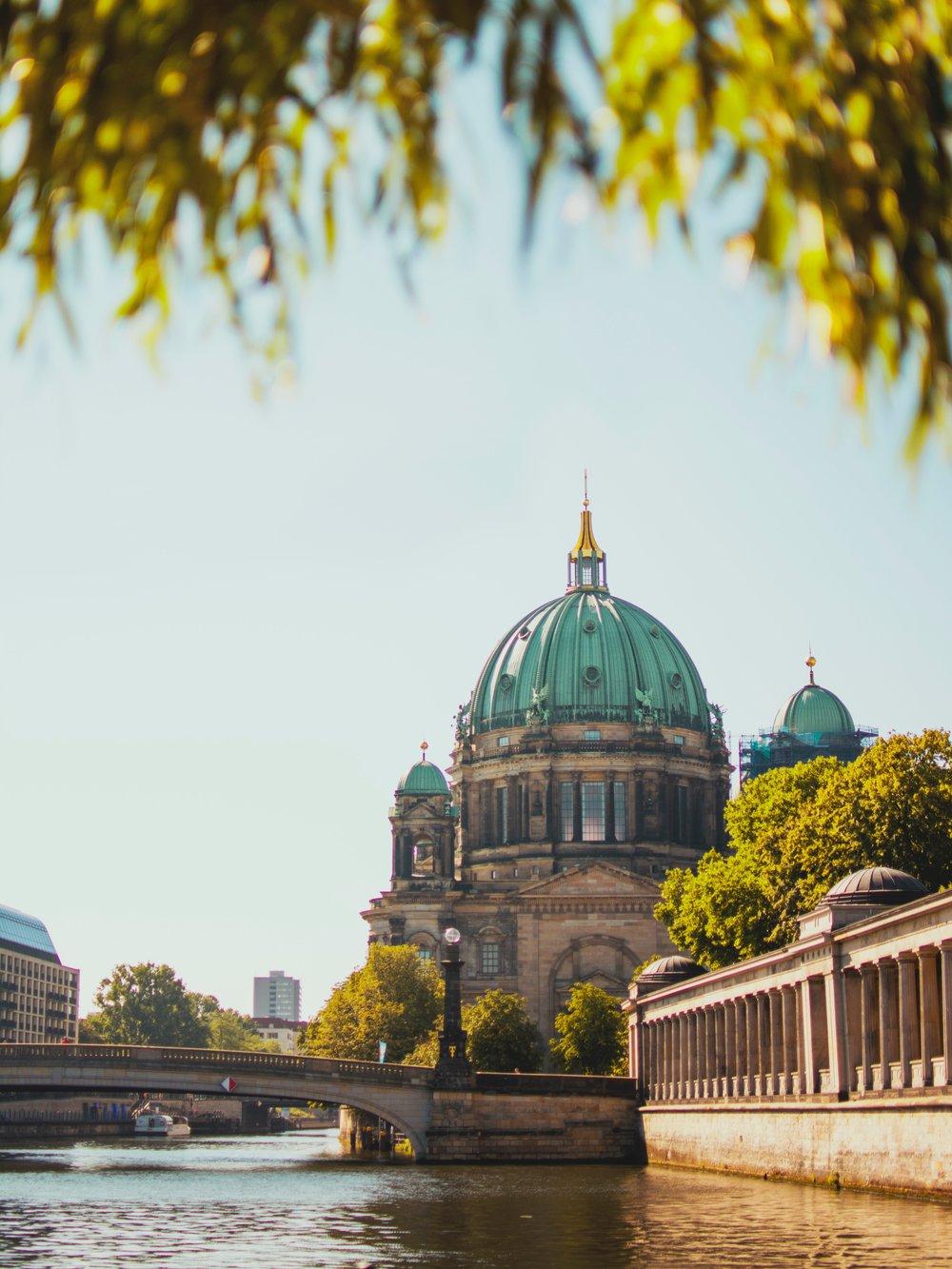 Artistic Walking Tour of Berlin