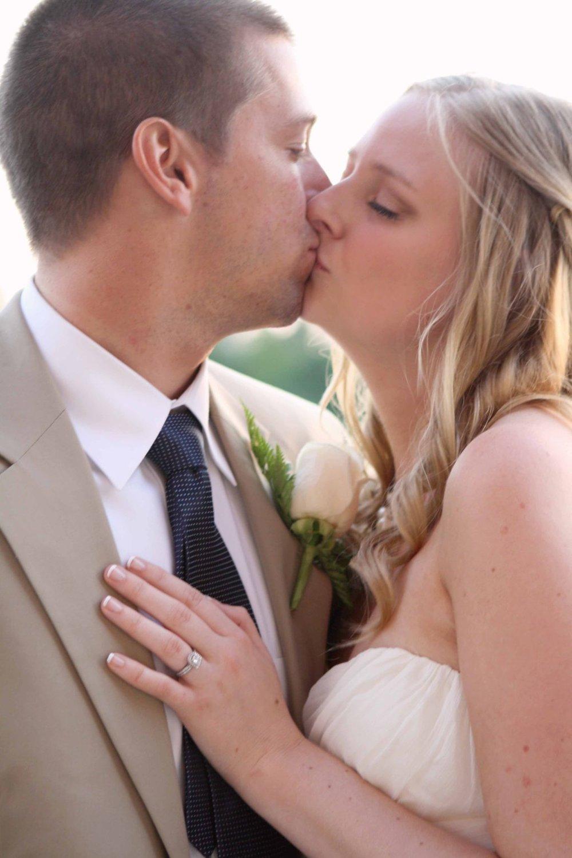 BRIDE&ANDGROOM36.jpg