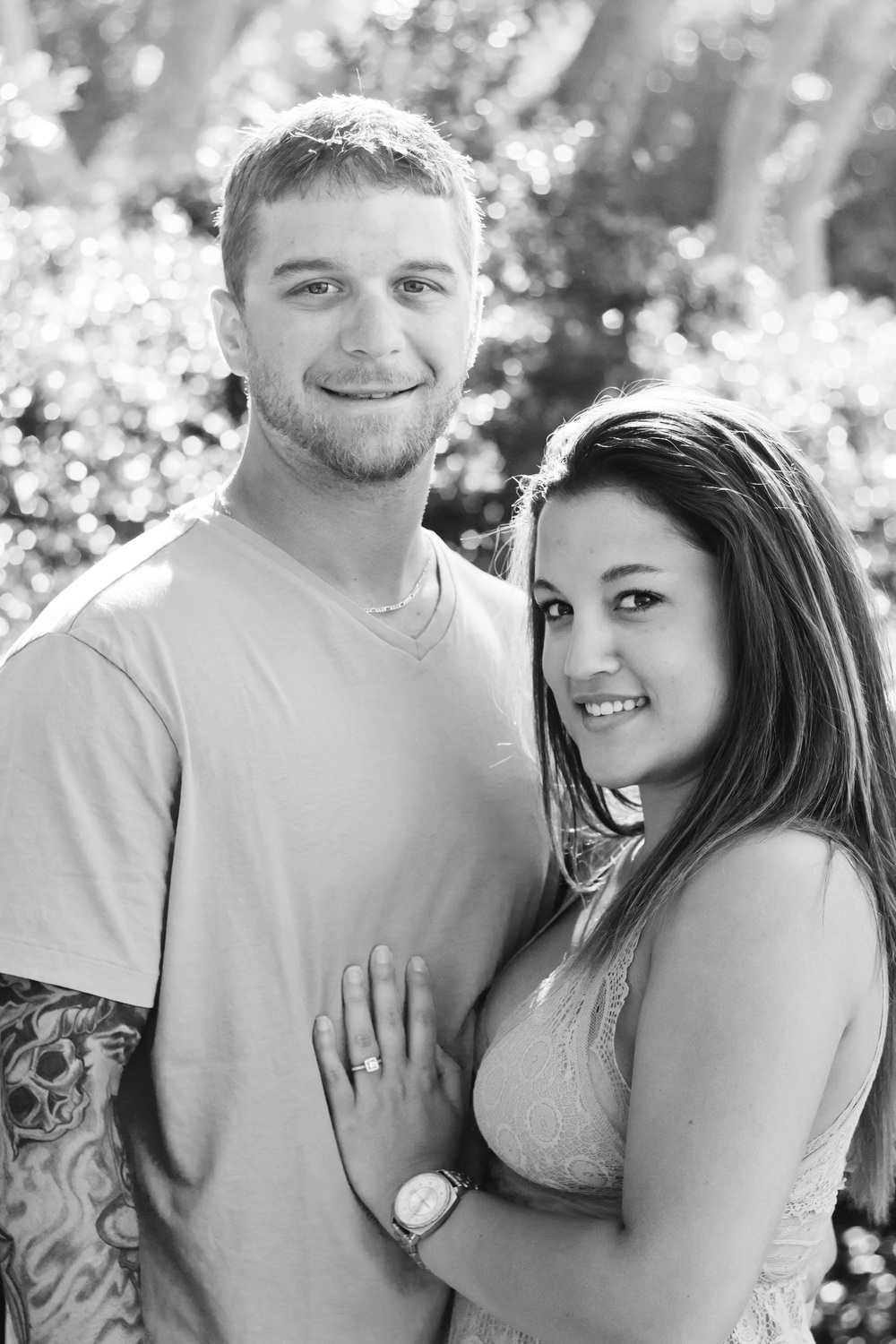 TIFFANY_ABRUZZO_PHOTOGRAPHY_ENGAGEMENT_13bw.jpg