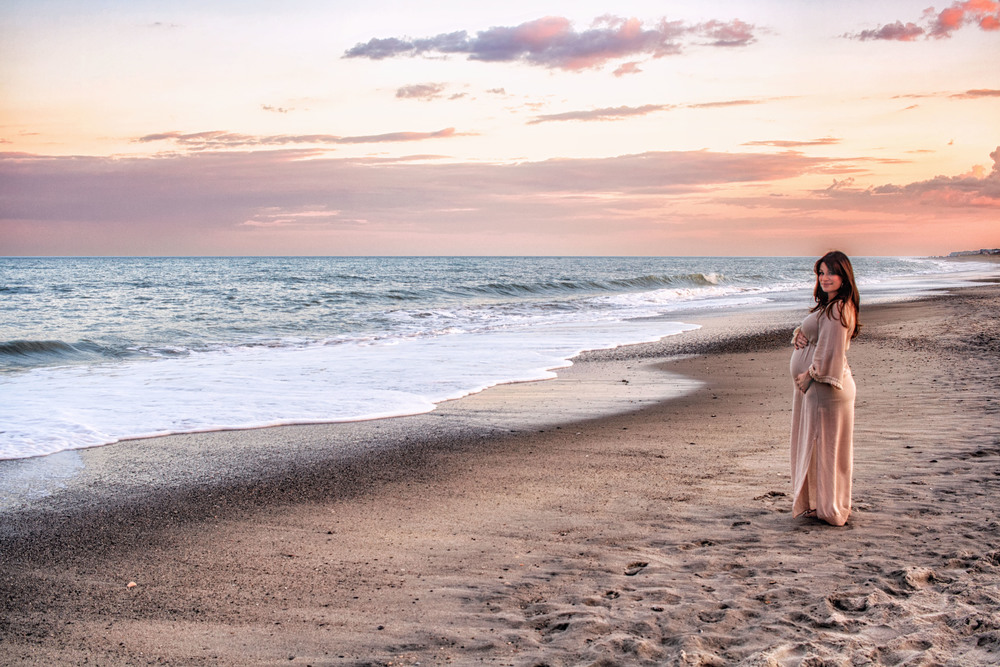 Kure_Beach_Maternity_Shoot_Tiffany_Abruzzo_Photography_21.jpg