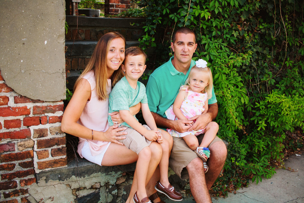 DOWNTOWN_WILMINGTON_FAMILY_PHOTO_TIFFANY_ABRUZZO_PHOTOGRAPHY_12.jpg