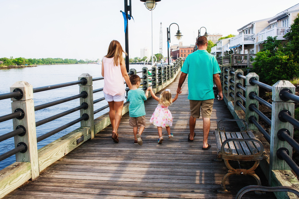 Downtown_Wilmington_Family_Photo_Tiffany_Abruzzo_2