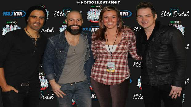 daughtry-meet-and-greet-photos-12.jpg