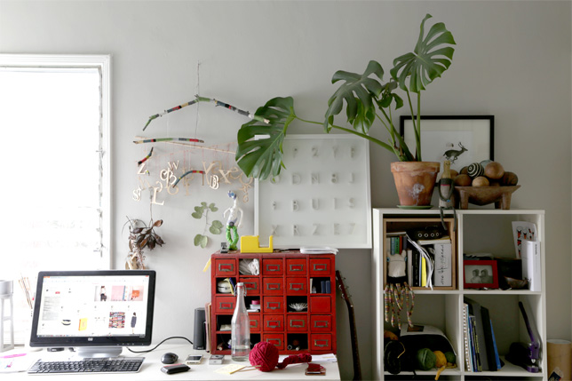 desk2013.jpg