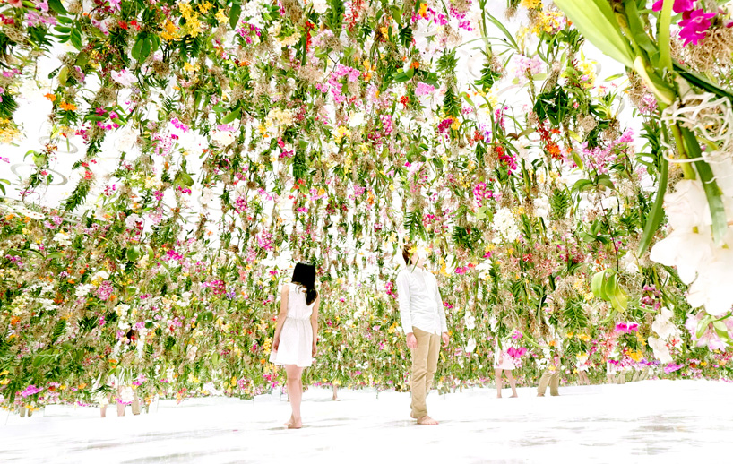 Images by teamLab