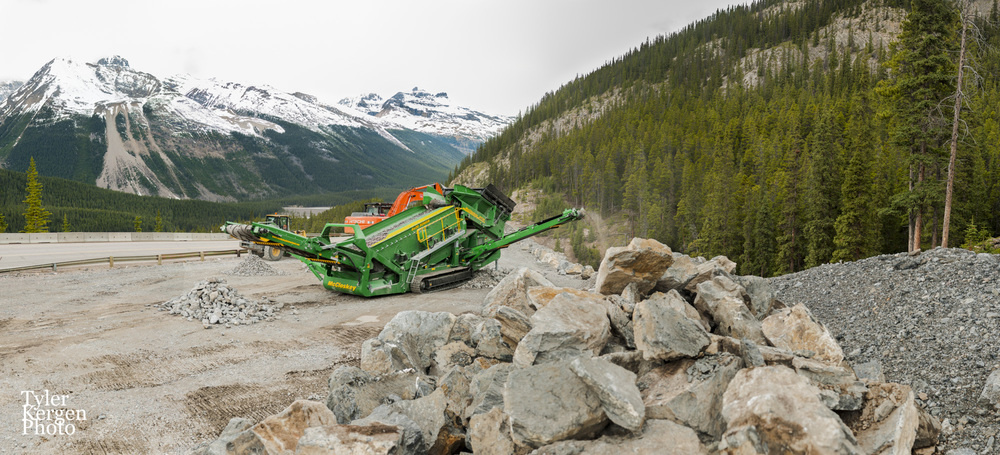 R230 @ Columbia Icefield, AB