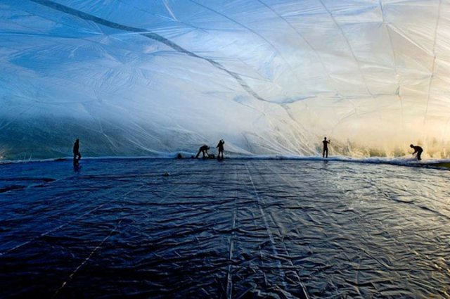 yellowtrace_Poetic-Cosmos-of-the-Breath_Tomas-Saraceno-2007_07.jpg