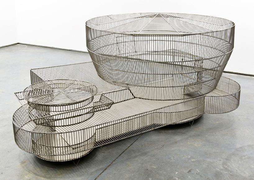 marlon-de-azambuja-museum-bird-cages-designboom-02.jpg
