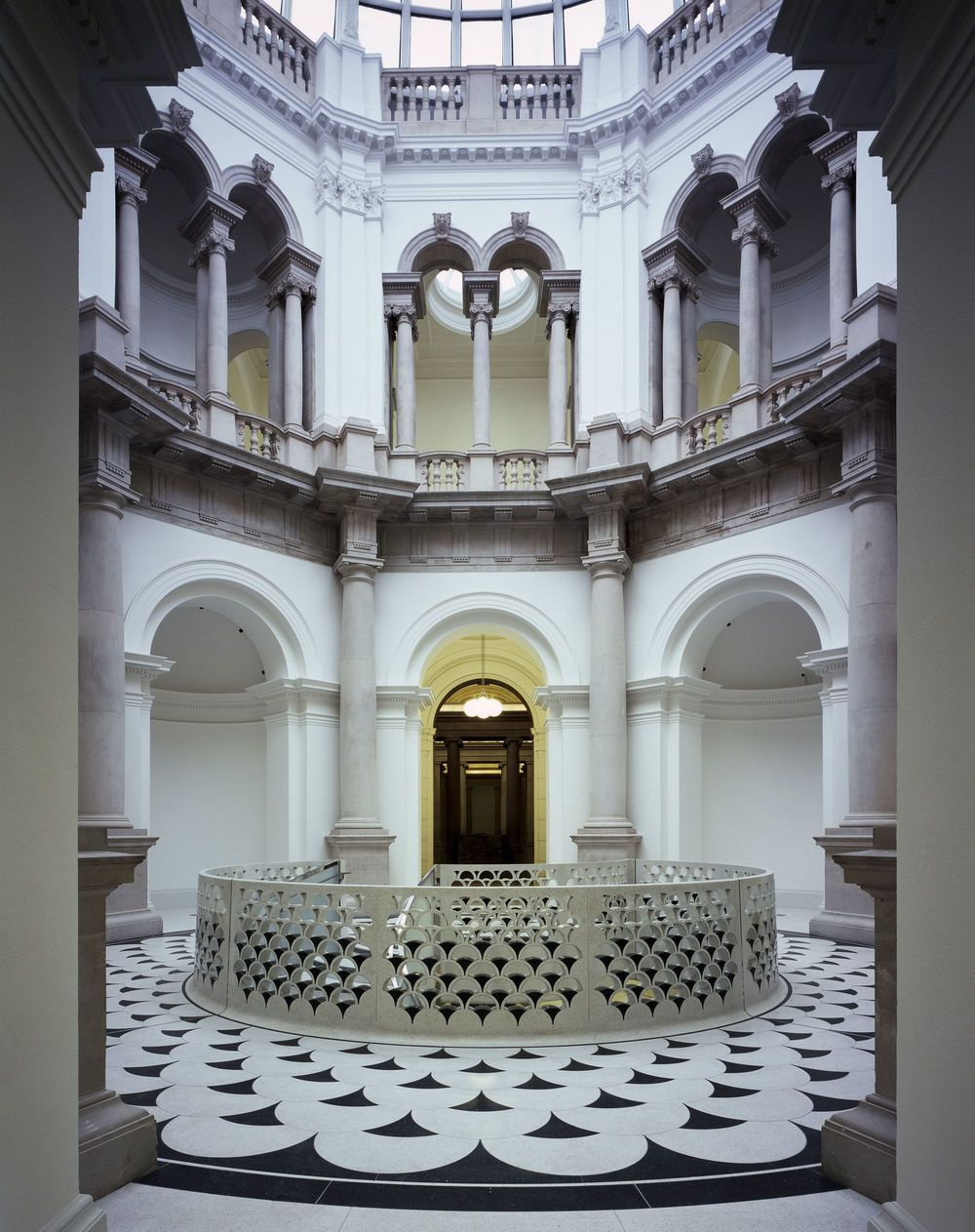The Architects Choice_critical-round-up-tate-britain-renovation-caruso-st-john_01_principal_level_rotunda_-c-_helene_binet.jpg