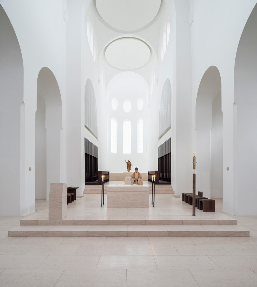 The-Architects-Choice-john-pawson-st-moritz-church-01.jpg