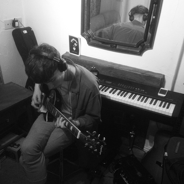 Writing in the studio today with William of Coastal Cities. Found the perfect clap sample.