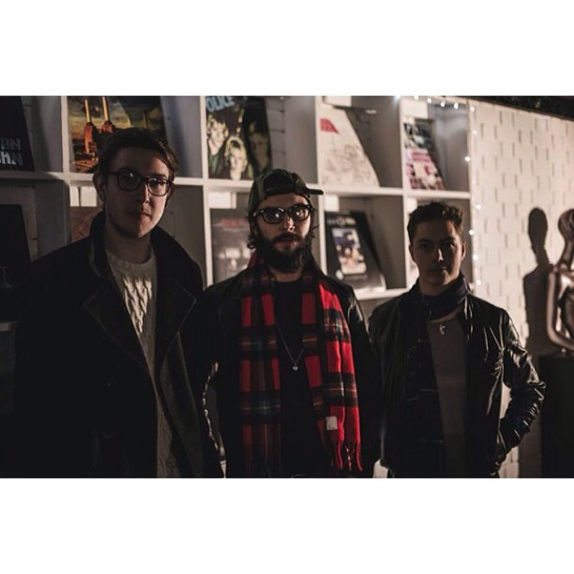 """Very excited to be releasing our first session of this year at 5PM tonight. Alaska Campus will be performing their take on Drake's """"Hold On, We're Going Home"""". #music #livemusic #session #drake #cover #indiemusic"""