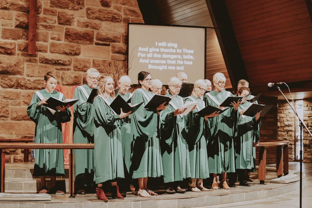 The Sanctuary Choir - This choir sings every Sunday during the 10:50 a.m. service and other special times. Practices are from 6:30-7:30PM in the Choir Room.