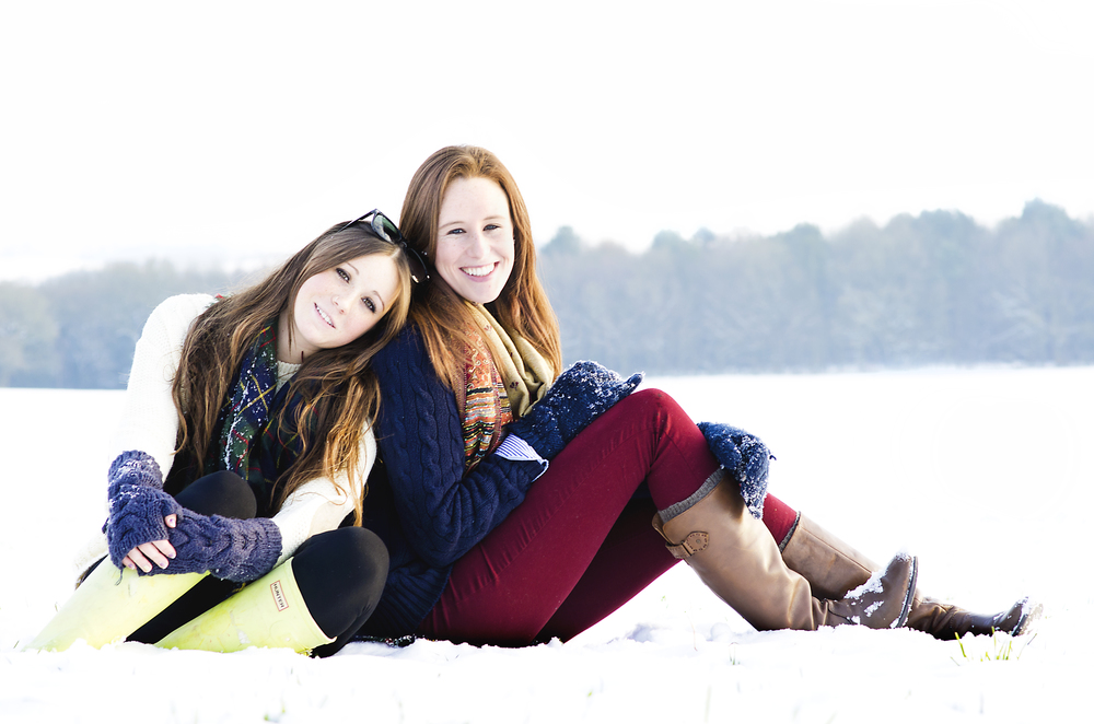 Girls in snow 2.jpg