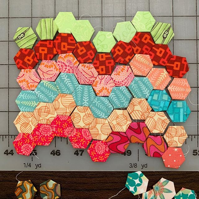 Trying something new.  #hexies #englishpaperpiecing #handsewn