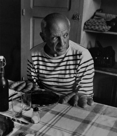 Robert Doisneau Les Pains de Picasso, 1952  16 x 12 inches silver print