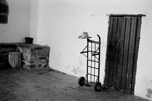 Cuernavaca, Morelos, 2008  16 x 20 inches edition of 25 silver print