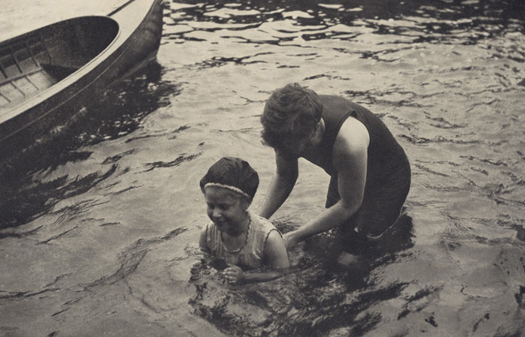 Alfred Stieglitz The Swimming Lesson, 1906  8 x 11 inches photogravure