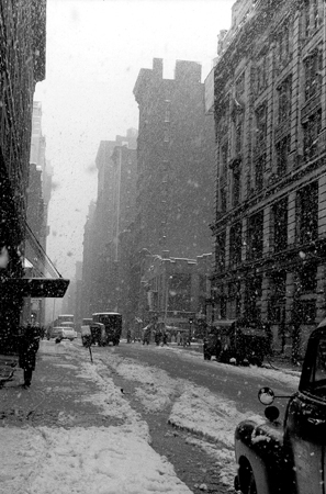West 22nd Street, Falling Snow, NYC, 3/1958  11.375 x 7.625 inches silver print