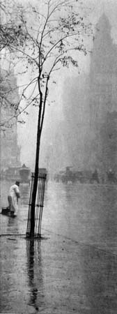 Alfred Stieglitz Spring Showers, c.1900 9 x 3.6 inches photogravure