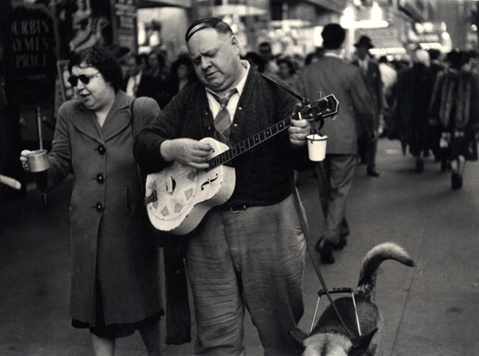 Dan Weiner Untitled (Blind Couple with Guitar), c.1960s 7 x 9.5 inches vintage silver print