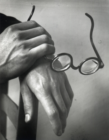 André Kertesz Paul Arma's Hands, 1928 8 x 10 inches silver print