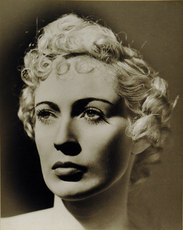 Dora Maar Portrait d'une Femme, Paris, c. 1935 11.75 x 9.5 inches vintage silver print Ex-Collection: Richard A. Lorenz