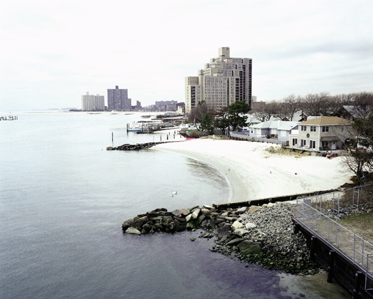 Far Rockaway, USA, 2004 15 x 18.75 inches edition of 9 chromogenic dye coupler print